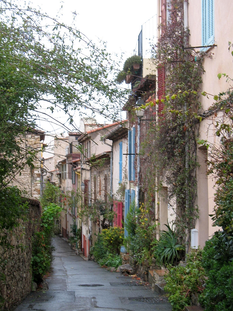 Commune Libre du Safranier in Antibes