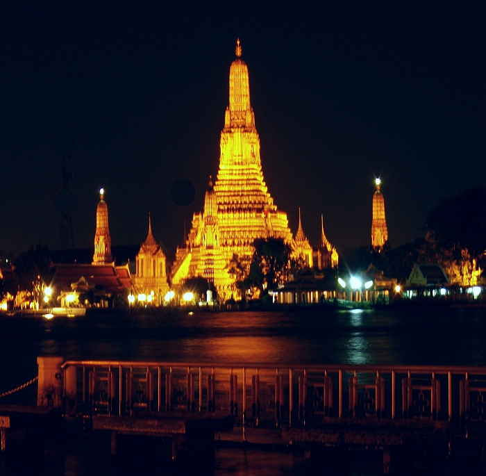 Night view of Wat Arun on the Chao Phraya River
