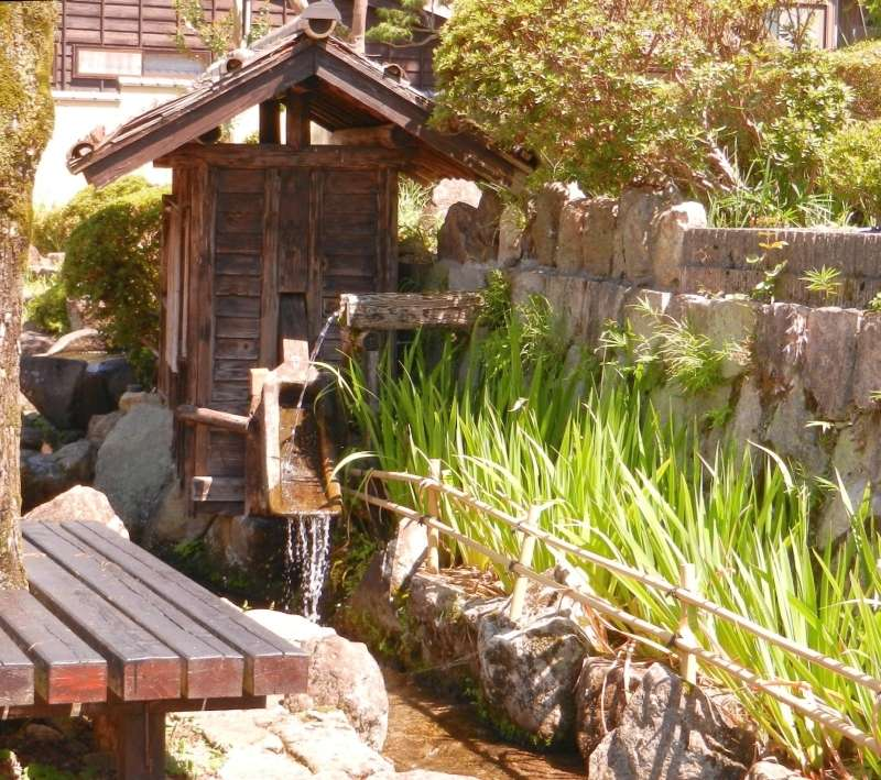 Water feature on Yanagi Machi (Willow Street).