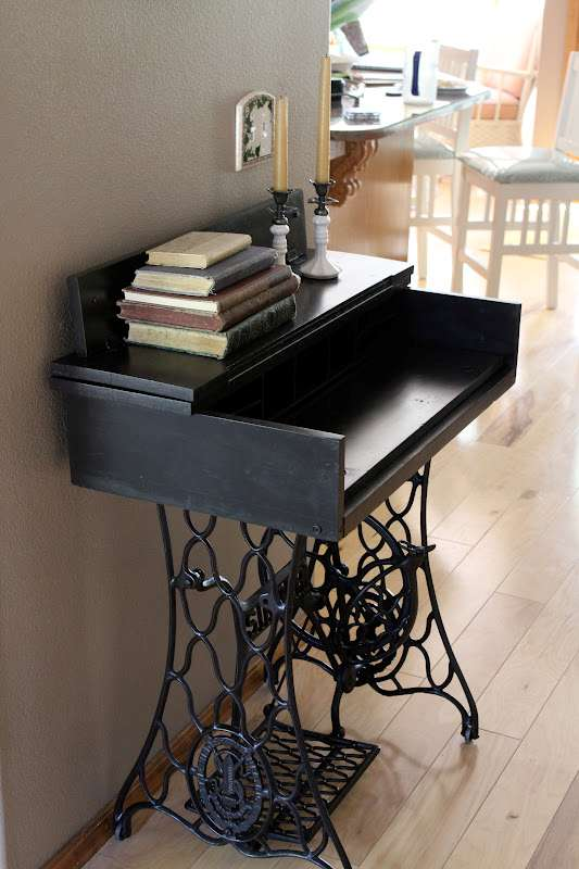 Vintage Desk Upcycle