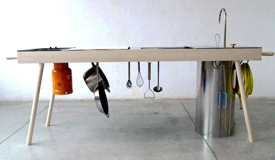 Mobile kitchen table