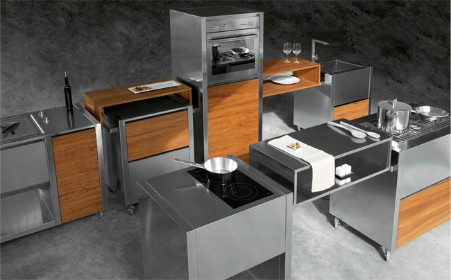 Mobile kitchen in wood and steel