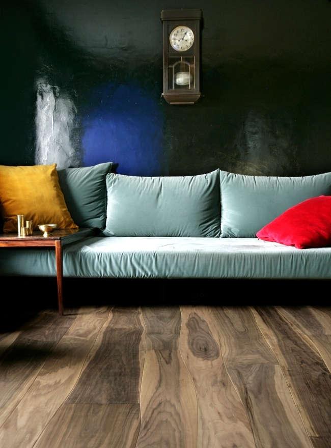 Live-edge flooring