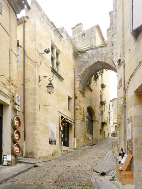Porte Cadène is a Gothic portal inside Saint-Emilion's gates