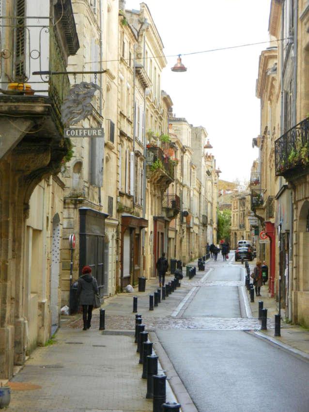 A quiet side street in Bordeaux.