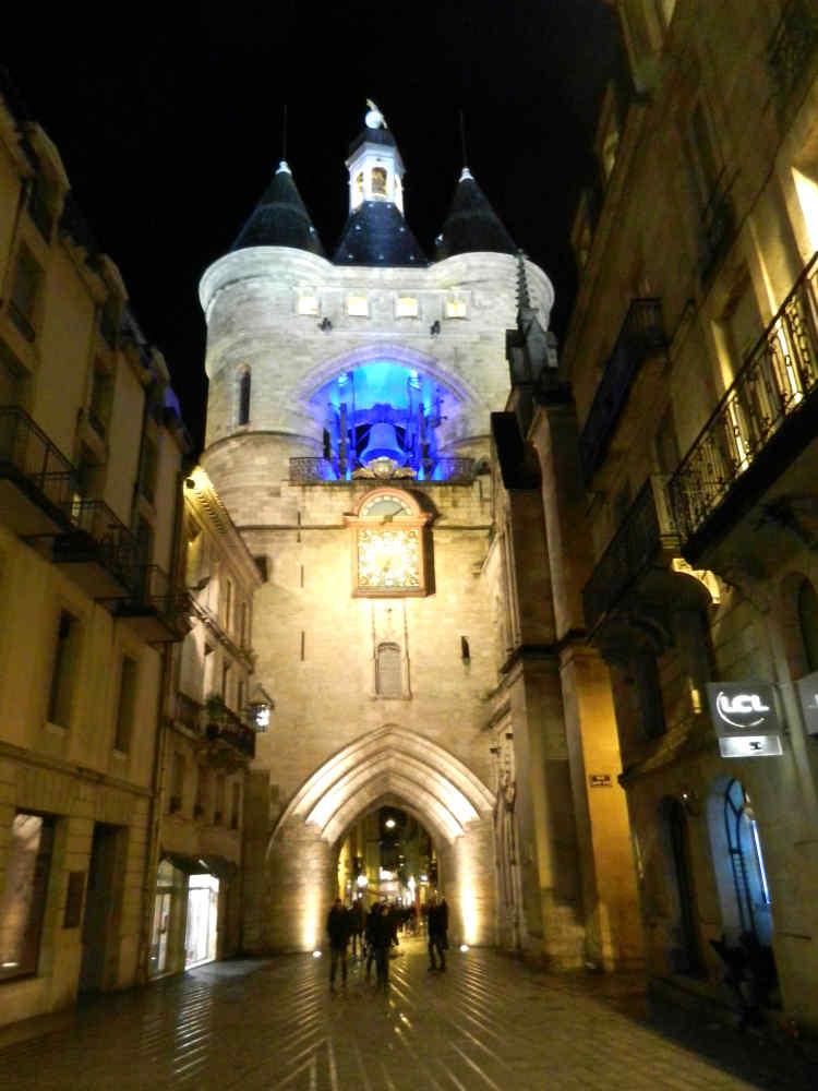 The medieval Porte Saint-Éloi, also known as Porte Saint-James, is one of the city's 2 remaining city gates.