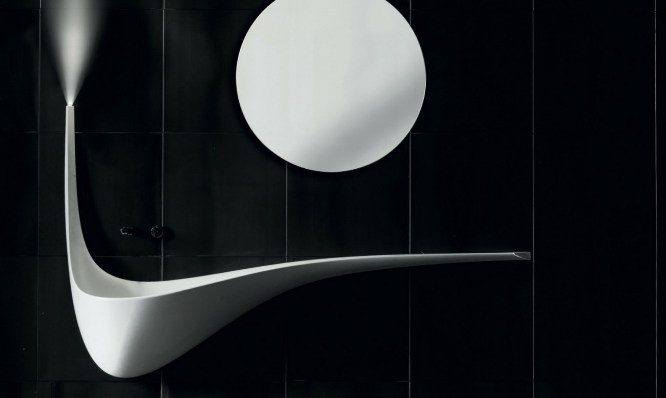An hand basin with an elegantly curved profile.