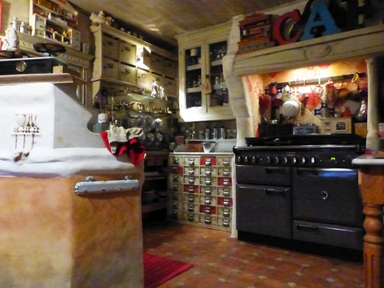 Kitchen at Au Coquin de Sort