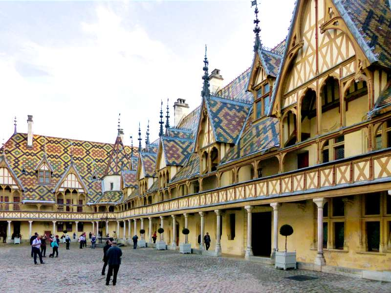 Hospices de Beaune with the 'Burdgundian style' polychrome roofing typical of the region