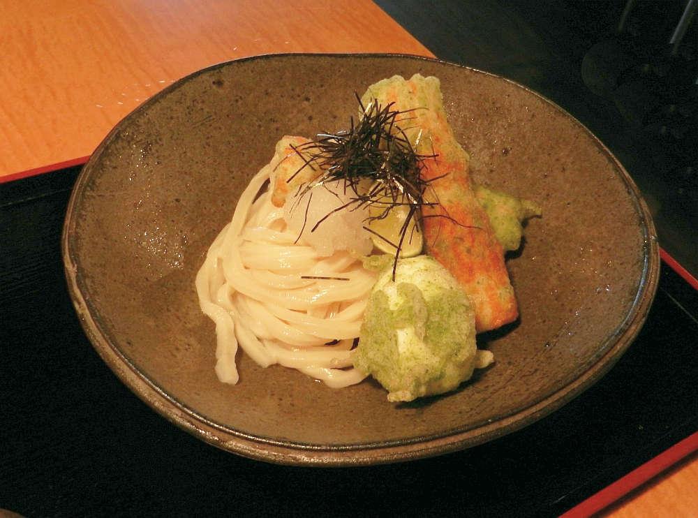 Bowl of cold udon noodles
