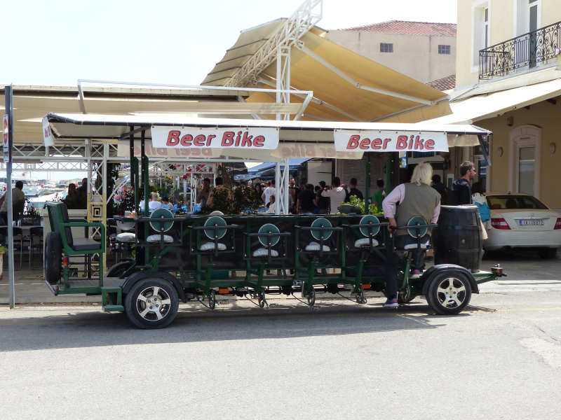 Mobile beer bar powered by bicycle pedals